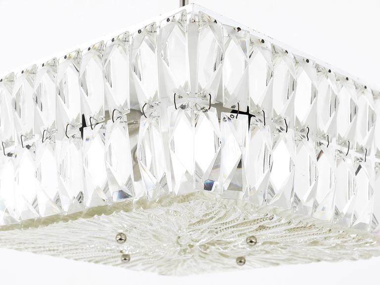 Square Bakalowits Modernist Chandelier with Faceted Crystals, Austria, 1960s For Sale 4