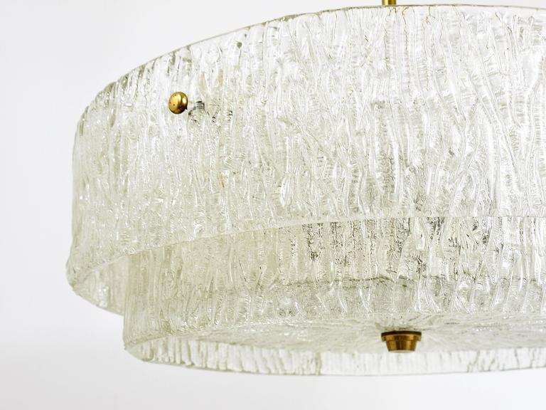 Kalmar Mid-Century Two Tiers Textured Glass Ring Chandelier, Austria, 1950s 8