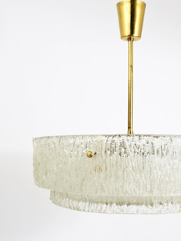 Kalmar Mid-Century Two Tiers Textured Glass Ring Chandelier, Austria, 1950s 9