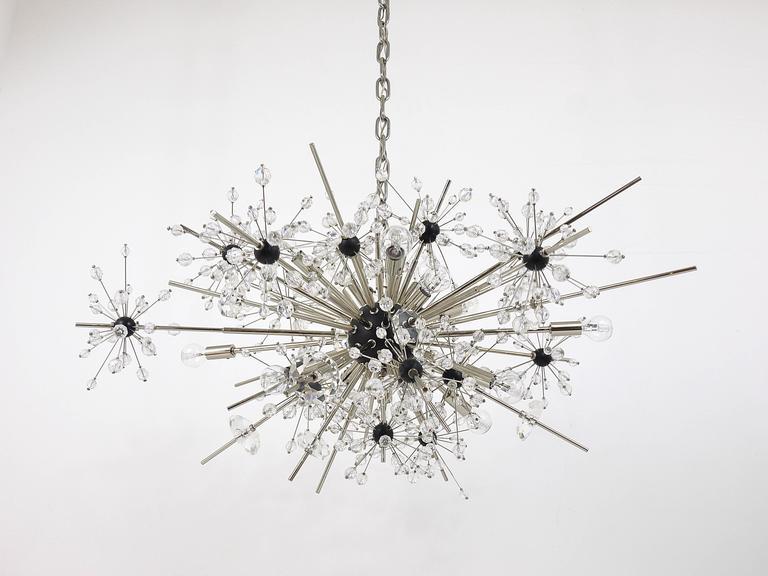 Huge Metropolitan Opera Crystal Sputnik Met Chandelier by Lobmeyr Vienna In Excellent Condition In Vienna, AT