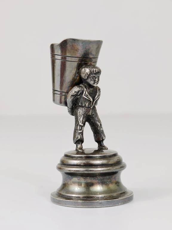 1920s Silver Art Nouveau Toothpick Holder Displaying a Boy at Grape Harvest In Excellent Condition For Sale In Vienna, AT