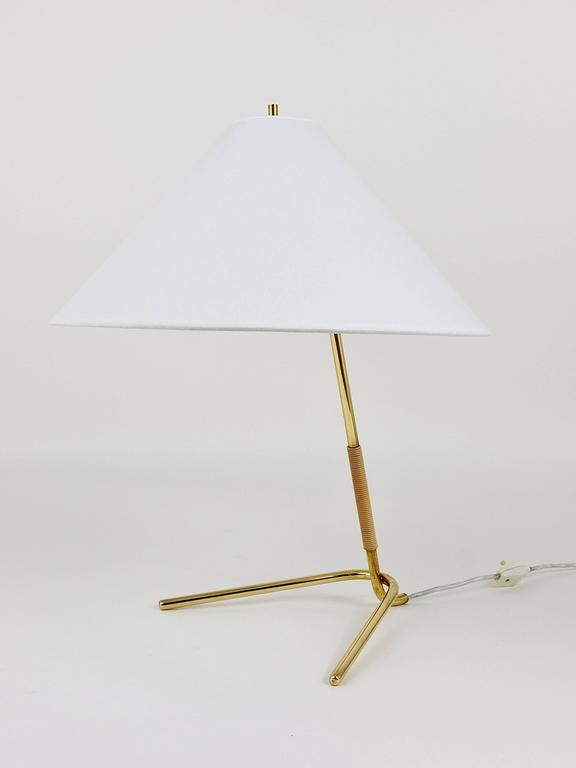 A beautiful modernist table or desk lamp from the 1950s, model