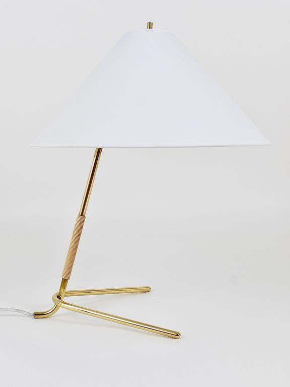 Polished Mid-Century Kalmar Hase TL Brass Table Lamp, Austria, 1950s For Sale