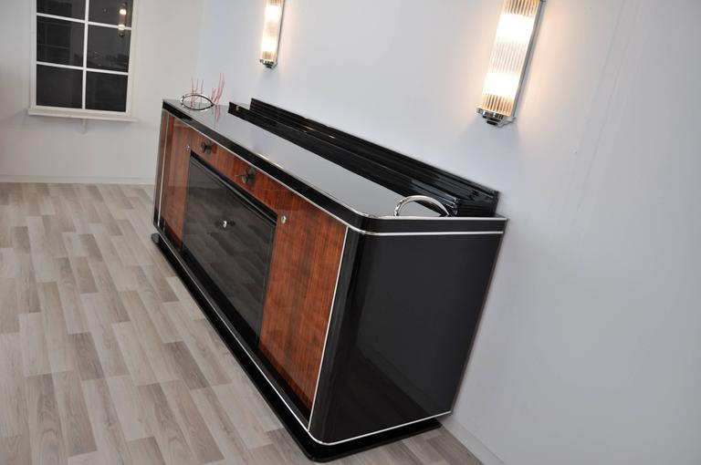 1930s Art Deco Buffet with a Palisander-Veneer For Sale at 1stdibs