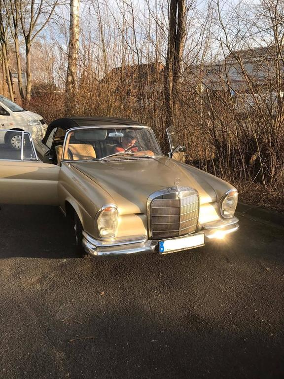 1965, Mercedes W111 Cabriolet Automobile For Sale 4