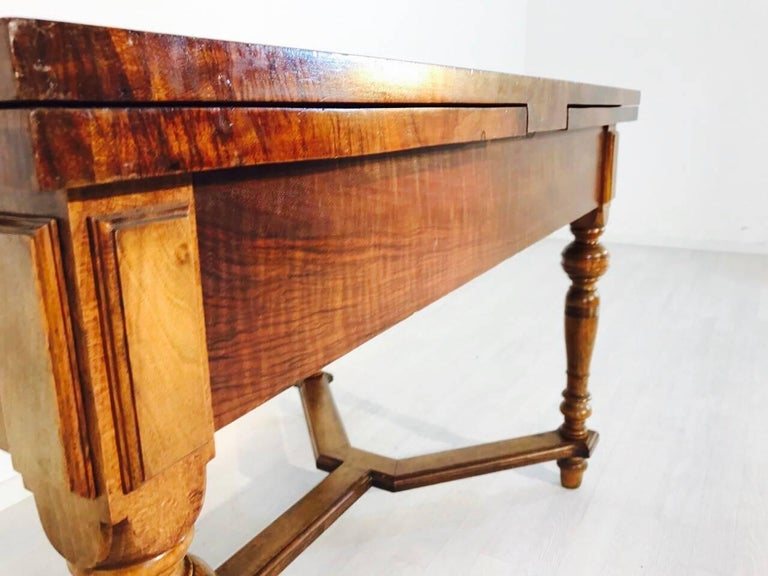 Antique louis philippe table from 1860 for sale at 1stdibs for Table 6 pieds louis philippe