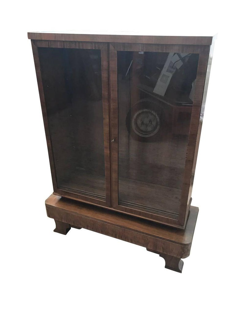 Art deco rootwood vitrine for sale at 1stdibs for Decoration vitrine