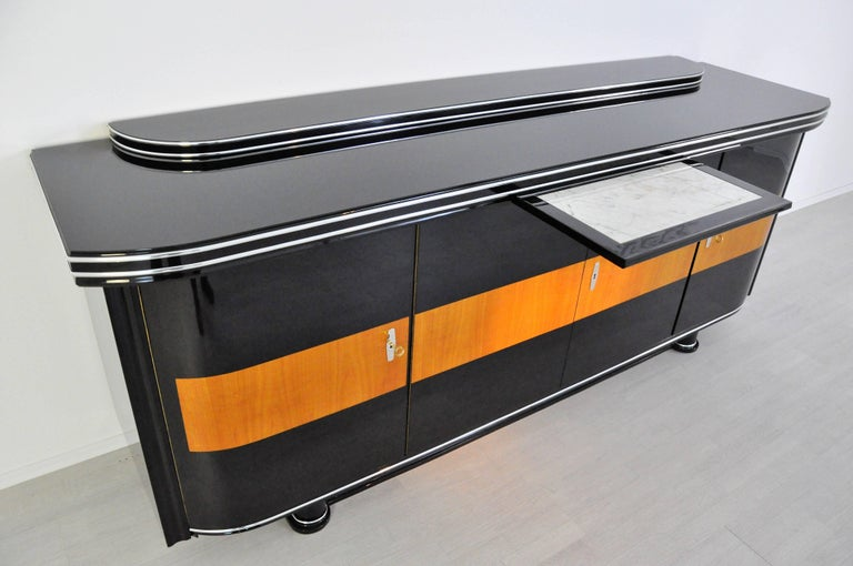 Early 20th Century Art Deco Sideboard with Maple Application Chrome Details For Sale