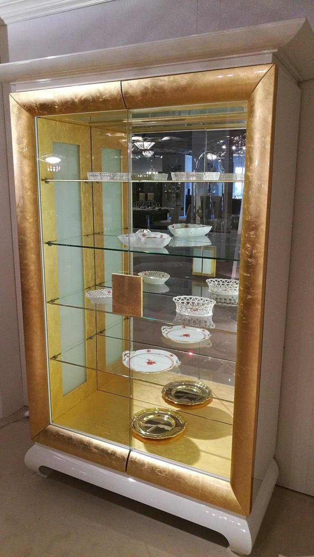 Bezaubernd Vitrine Modern Dekoration Von White And Gold Design Glass For Sale