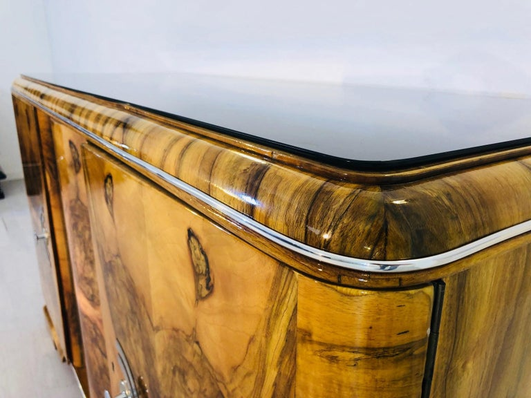 1920s Burl Art Deco Sideboard from France In Excellent Condition For Sale In Senden, NRW