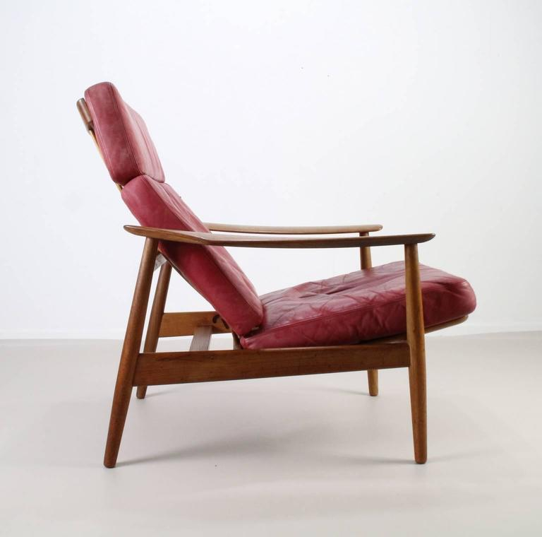 Matching Pair of Lounge Easy Chair by Arne Vodder 6