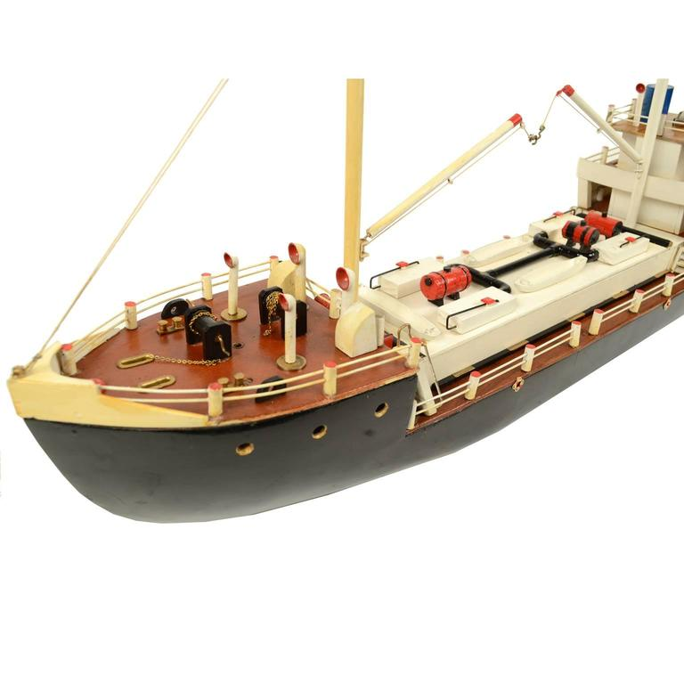 French Ship Model Made in the 1950s For Sale 2