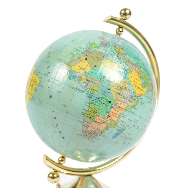 Small German Globe with Thermometer Made in 1950s In Excellent Condition For Sale In Milan, IT