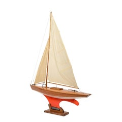 Pond Model on Wooden Base, Red and White Hull Made in the 1950s
