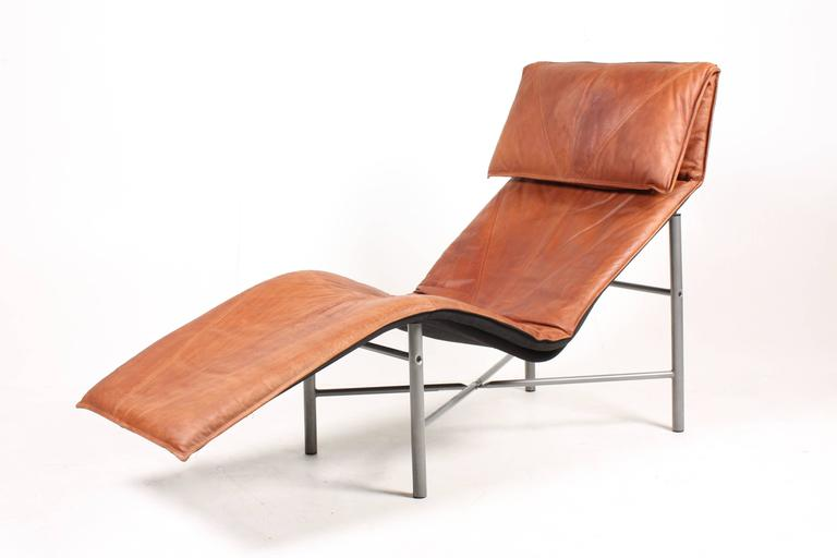 Model skye chaise longue by tord bj rklund 1980s for for Chaise ingolf
