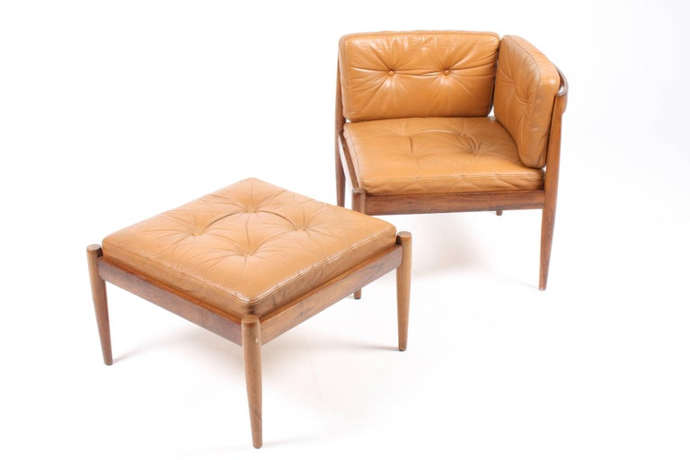 Rosewood Pair of Lounge Chairs with Ottoman