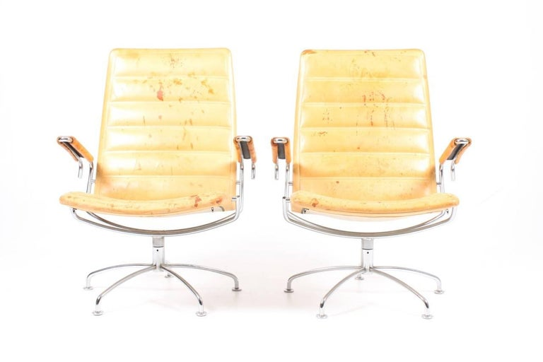 Scandinavian Modern Pair of Patinated Lounge Chairs by Jens Amundsen For Sale