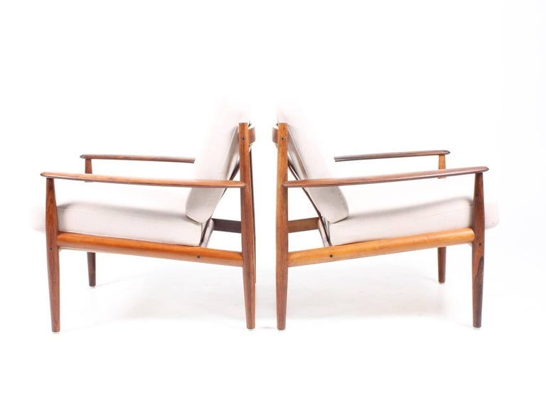 Danish Pair of Lounge Chairs in Rosewood by Grete Jalk