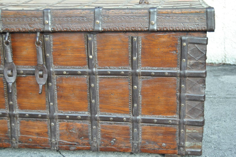 British Colonial 18th Century Rosewood Blanket Chest from India For Sale
