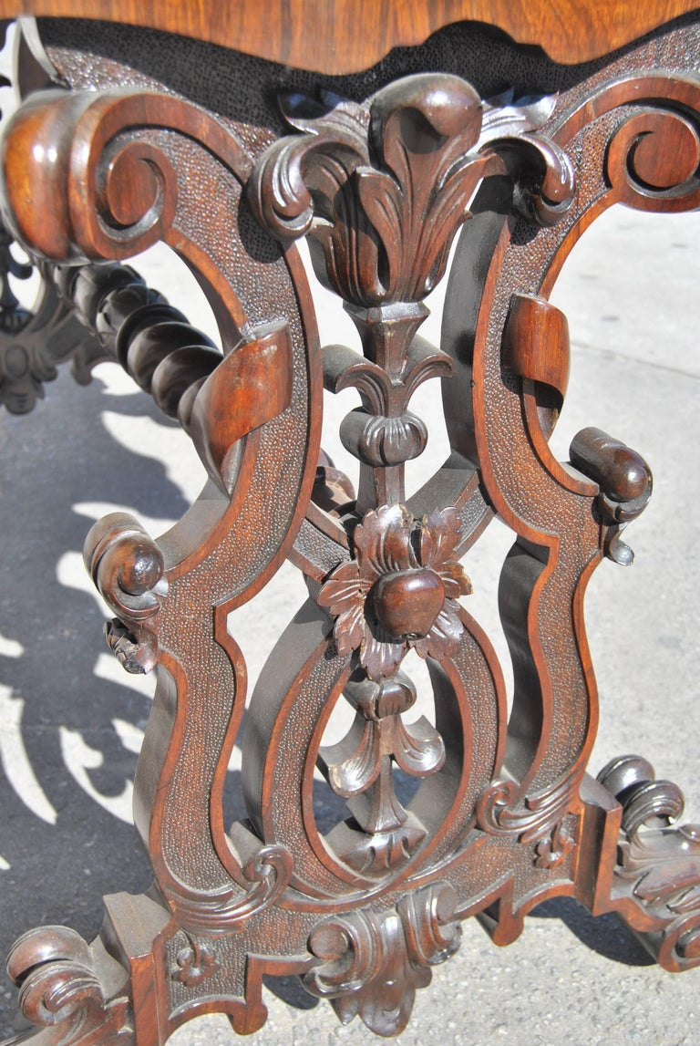 19th Century English  Rosewood Hall or Centre Table For Sale 2