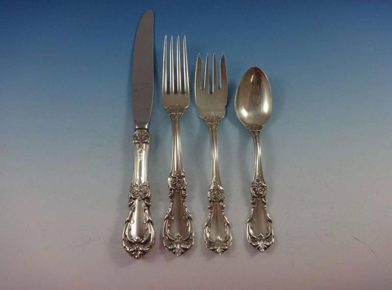Burgundy by Reed & Barton Sterling Silver Flatware Set 8 Service Lunch 33 Piece In Excellent Condition For Sale In Big Bend, WI