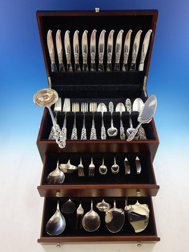 Tele by Mylius Brodrene 830 silver Norwegian flatware set, 110 pieces. This set features pierced handles and includes:   12 dinner knives, 8 3/4