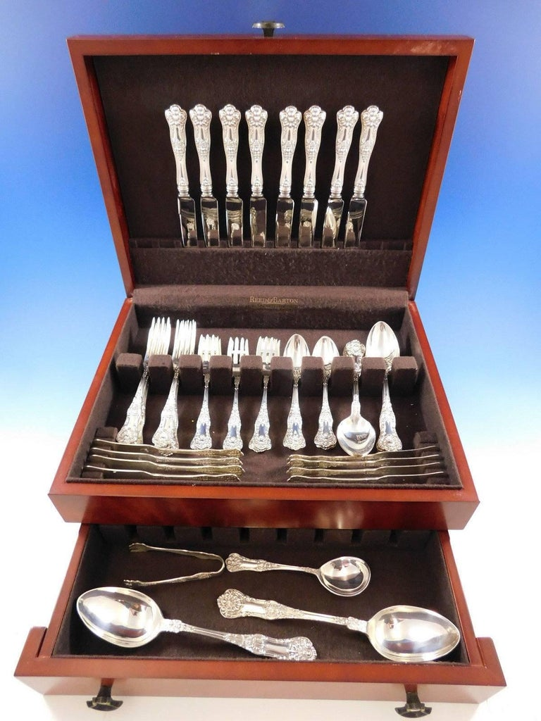 New Kings by Roden Canada shell motif sterling silver flatware set, 52 pieces. This set includes: \  eight knives, 8 5/8