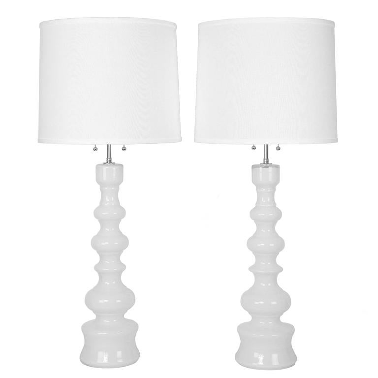 Attrayant Tall White Glass Table Lamps By Lindshammar Studio Of Sweden, Circa 1960s  For Sale