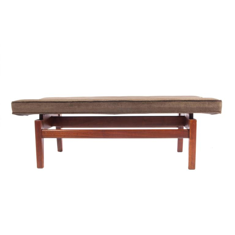 Jens Risom Pair of 1960s Cantilevered Walnut and Mohair Benches For Sale 3