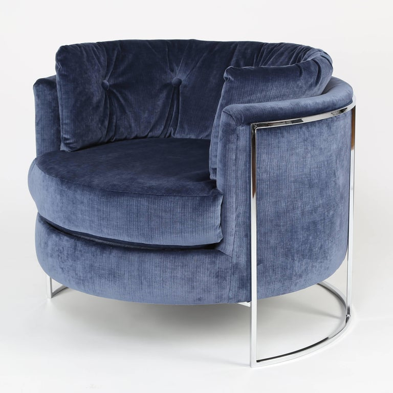 American Milo Baughman Chrome-Frame Barrel Lounge Chair, circa 1970s For Sale