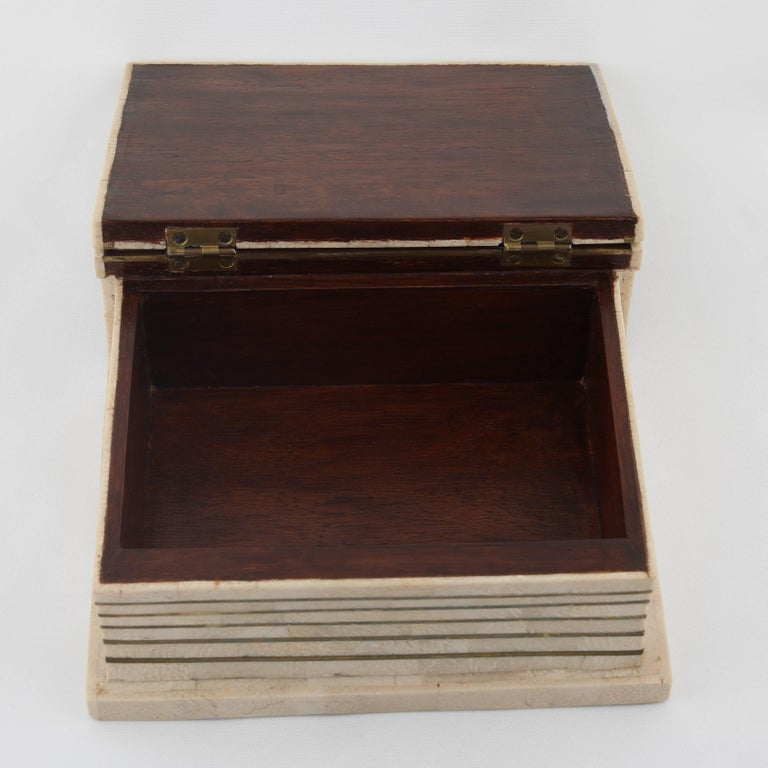 1980s Maitland Smith Book-Shaped Box Clad in Tessellated Stone with Brass Trim For Sale 2