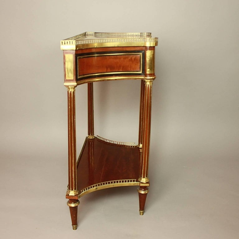 Louis XVI Gilt Bronze-Mounted Satinwood and Mahogany Console Table For Sale 2
