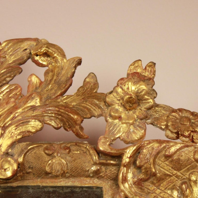 Early 18th Century Régence Giltwood Mirror For Sale 1