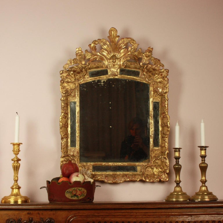 Early 18th Century Régence Giltwood Mirror For Sale 2