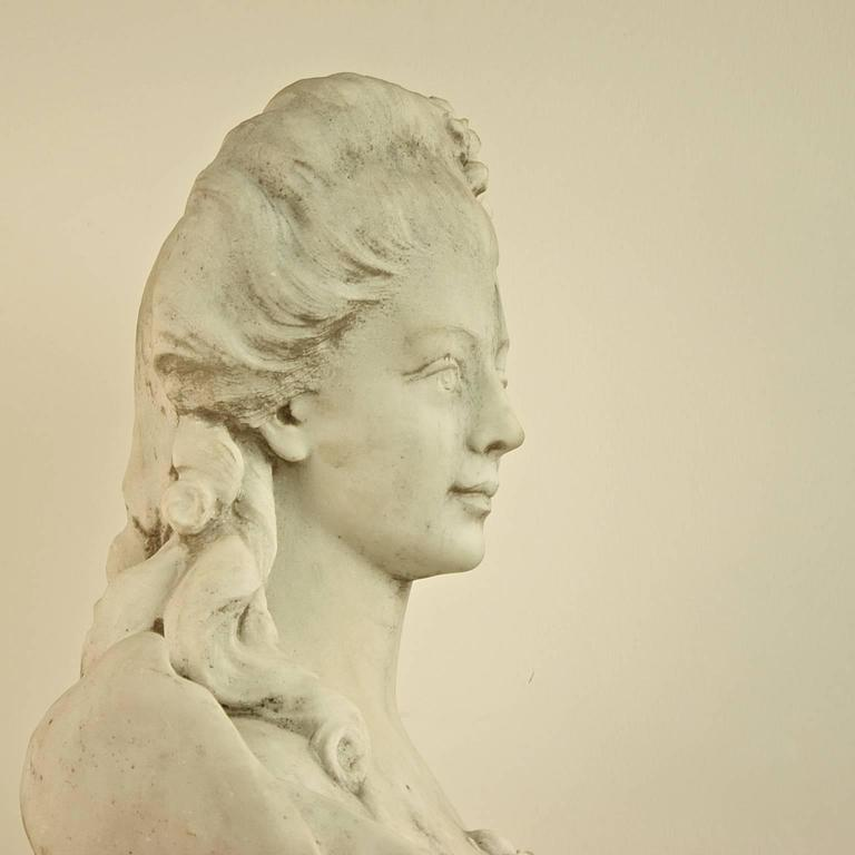 Louis XVI 18th or 19th Century White Marble Bust of a Young Woman For Sale