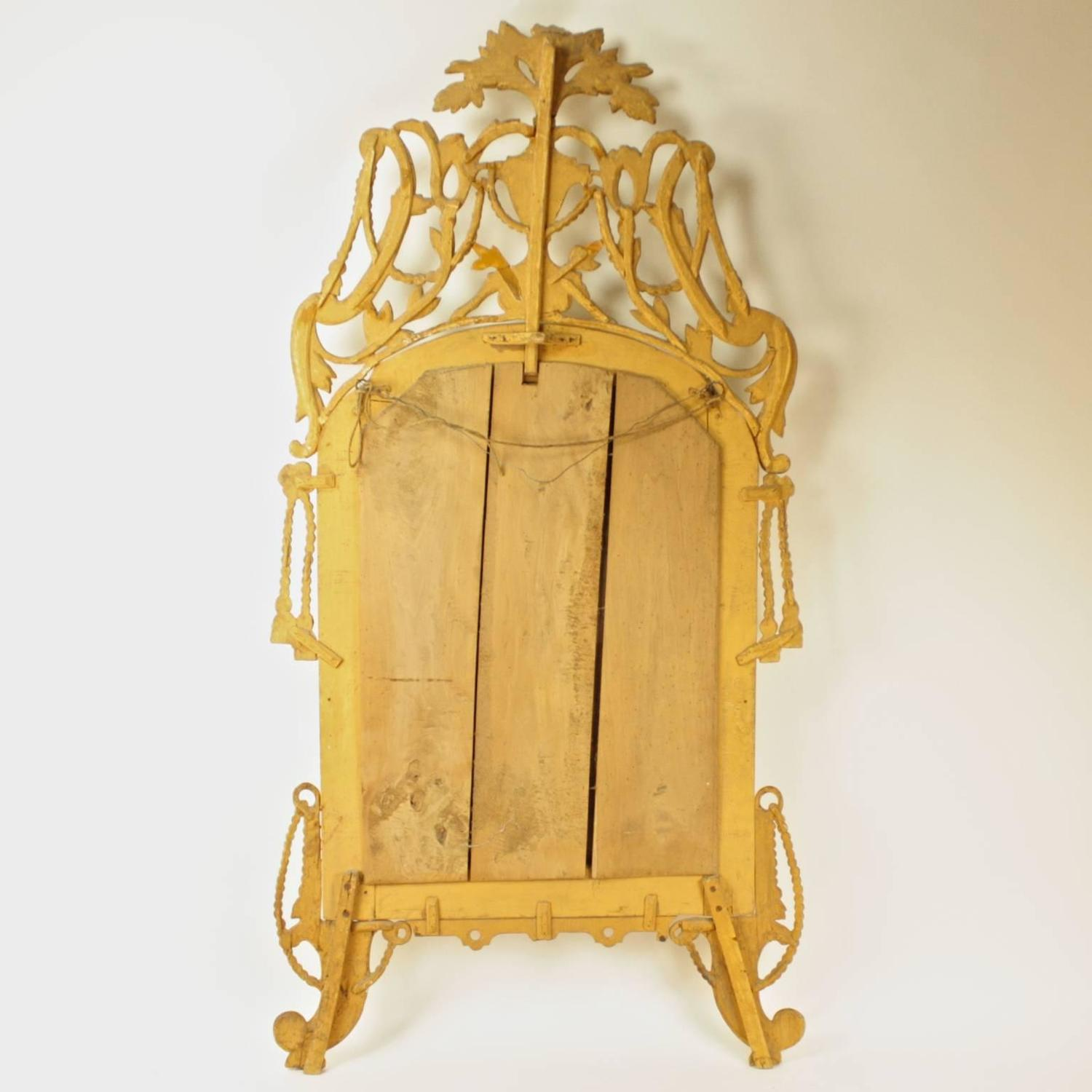 Large 6 feet high 18th century venetian carved giltwood for 7 foot mirror