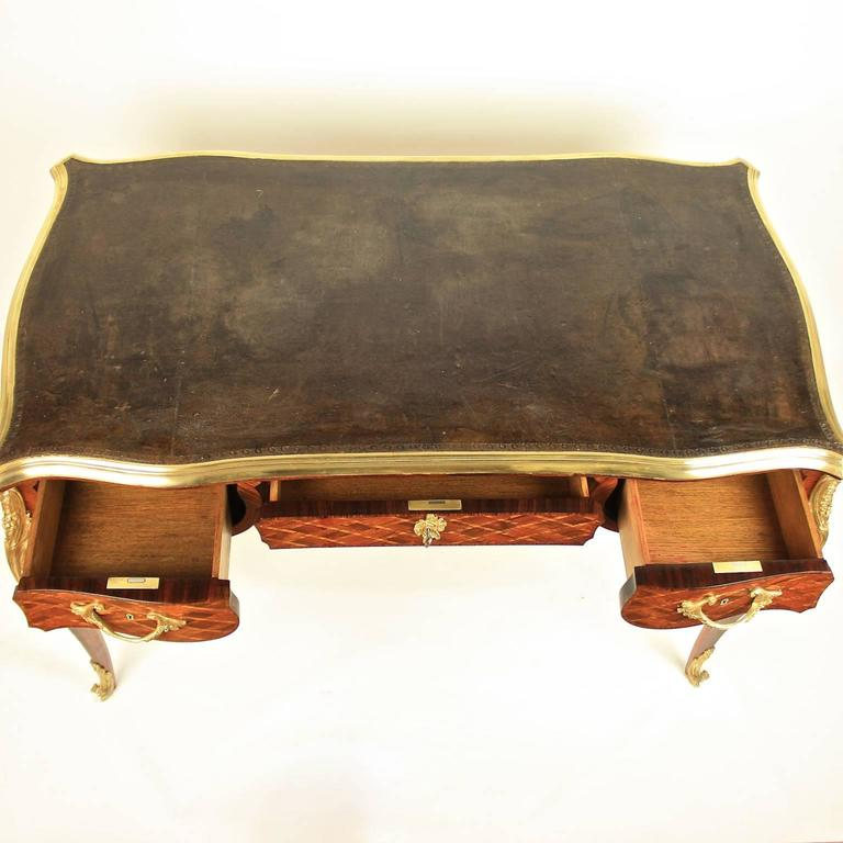 Small Louis XV Style Gilt Bronze Mounted Marquetry Bureau Plat or Desk In Excellent Condition In Berlin, DE