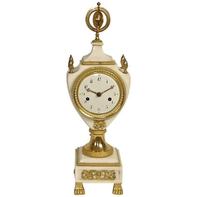 Louis XVI White Marble and Gilt-Bronze Mantle Clock For Sale