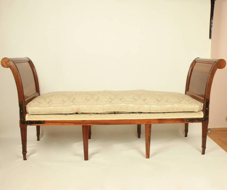 Louis XVI Day Bed or 'Lit De Repos' in the Manner of Georges Jacob, 1739-1814 For Sale 1