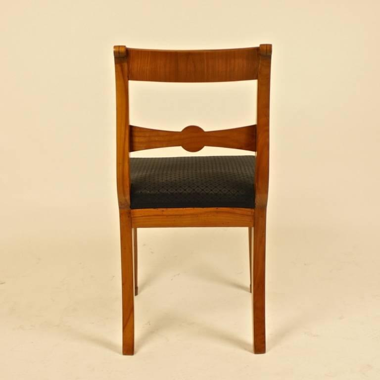 Pair of 19th Century Biedermeier Fruitwood Side Chairs For Sale 1