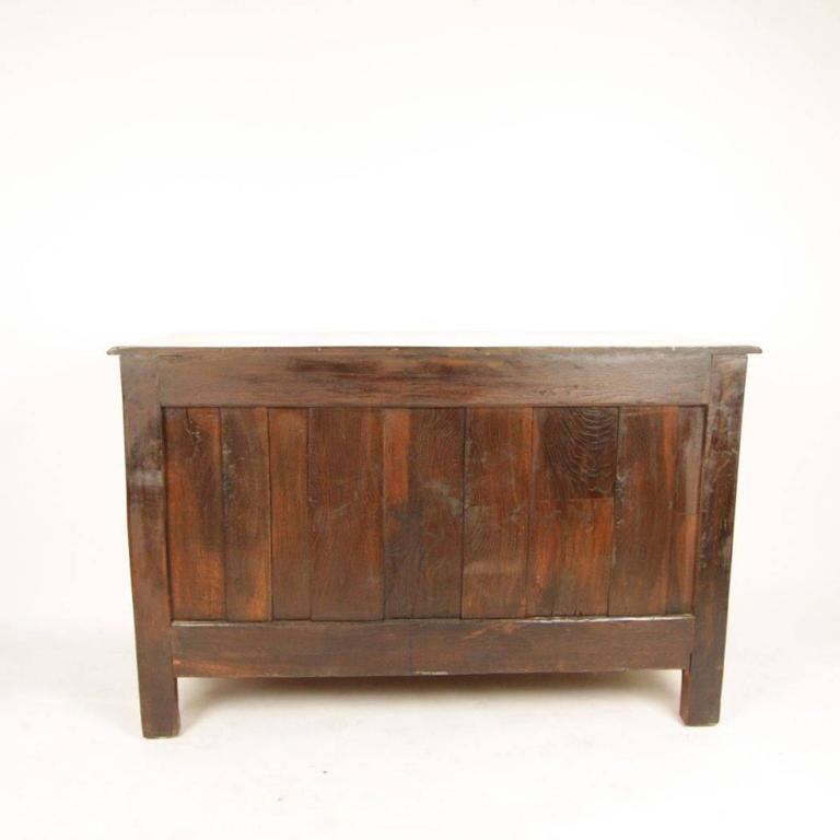 Bronze Early 18th Century Regence Walnut Commode For Sale
