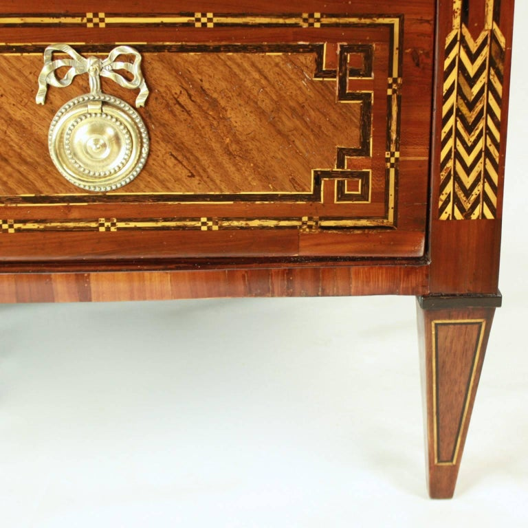 Wood German 18th Century Neoclassical Marquetry Commode, circa 1780 For Sale