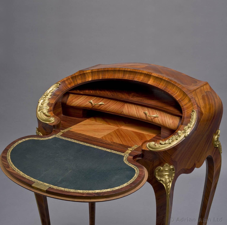 louis xv style bureau de dame for sale at 1stdibs. Black Bedroom Furniture Sets. Home Design Ideas