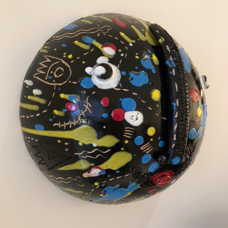 Ceramic Mask Signed Both by DaLo & Street Artiste Cumbone In Excellent Condition For Sale In Paris, FR