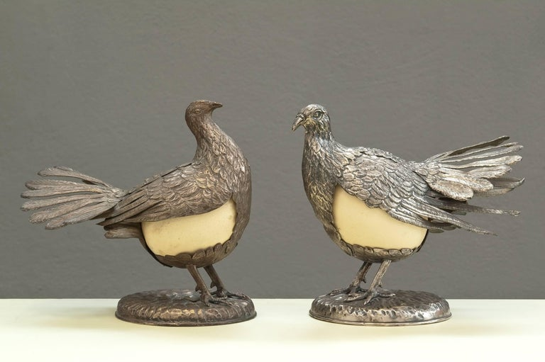 Rare pair of silver plated doves with ostrich egg signed Gabriella Crespi.