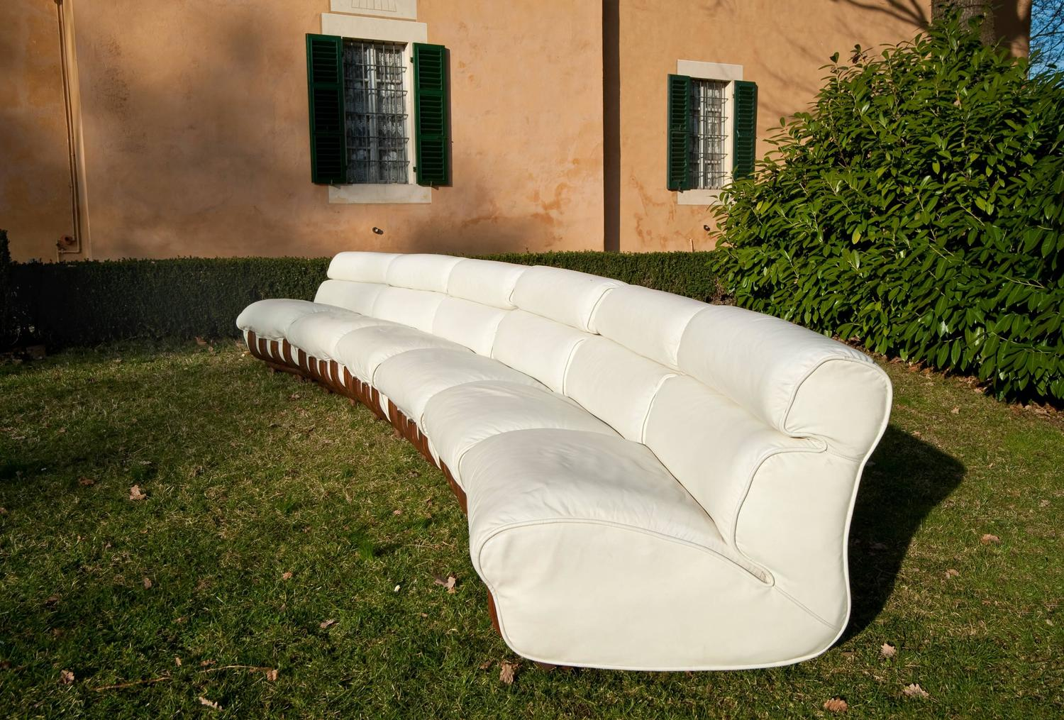 luciano frigerio white leather sectional sofa and ottomans for sale at 1stdibs. Black Bedroom Furniture Sets. Home Design Ideas