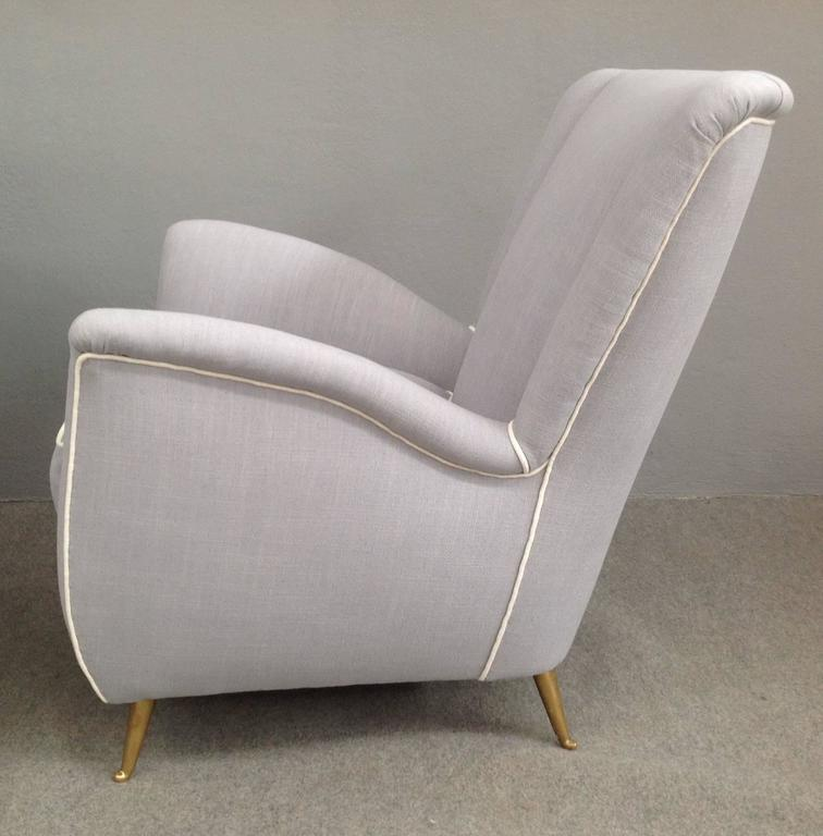 Italian Charming Pair of Armchairs Gio Ponti Style For Sale