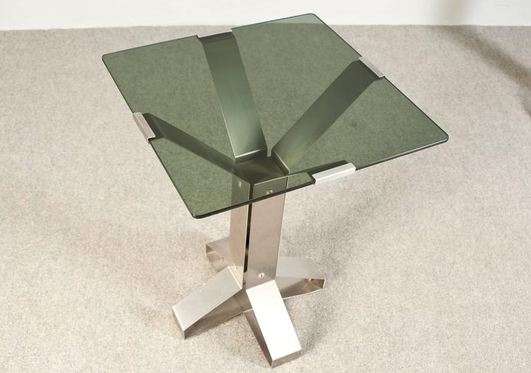 Mid-Century Modern Pair of Chrome and Glass Coffee Tables For Sale