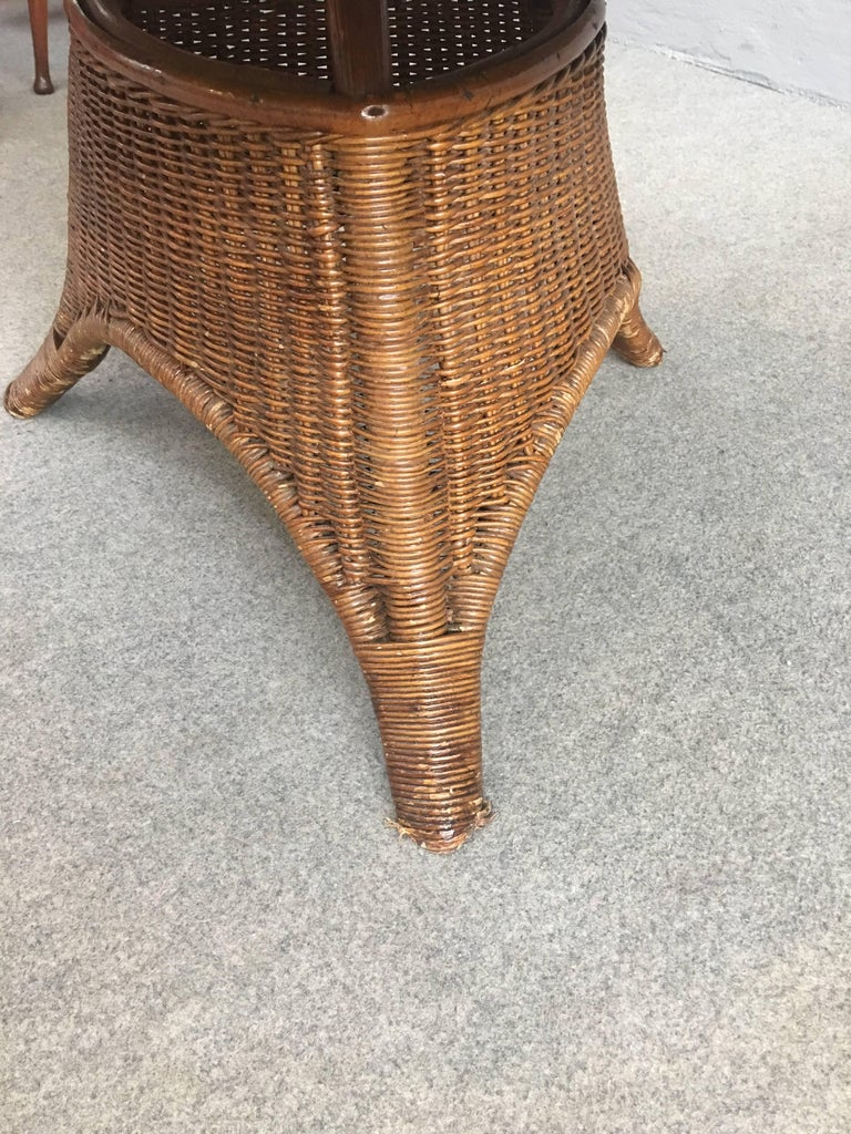 Charming Pair of Wicker Coffee Tables For Sale 1