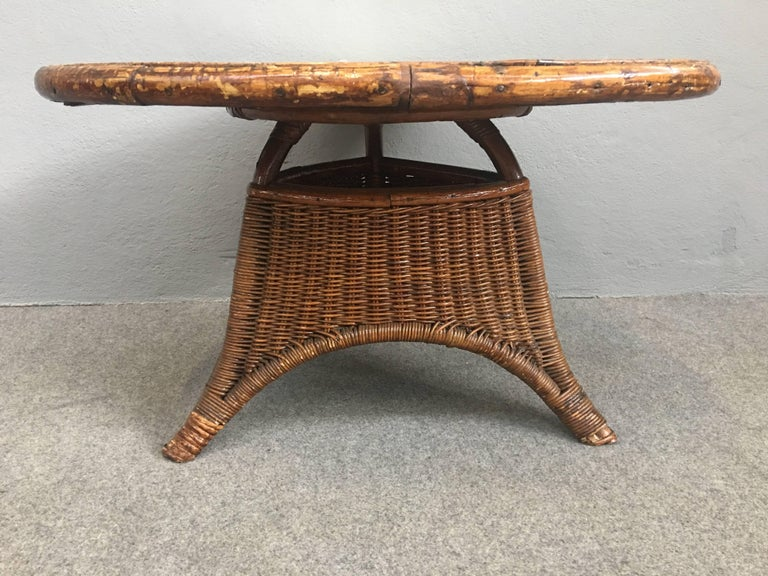 Mid-20th Century Charming Pair of Wicker Coffee Tables For Sale
